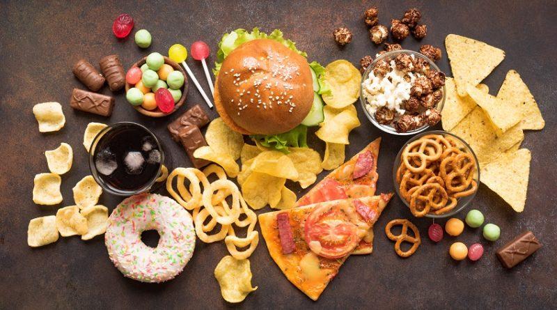 Чем мы рискуем злоупотребляя продуктами из Белой муки, картошки и сахара